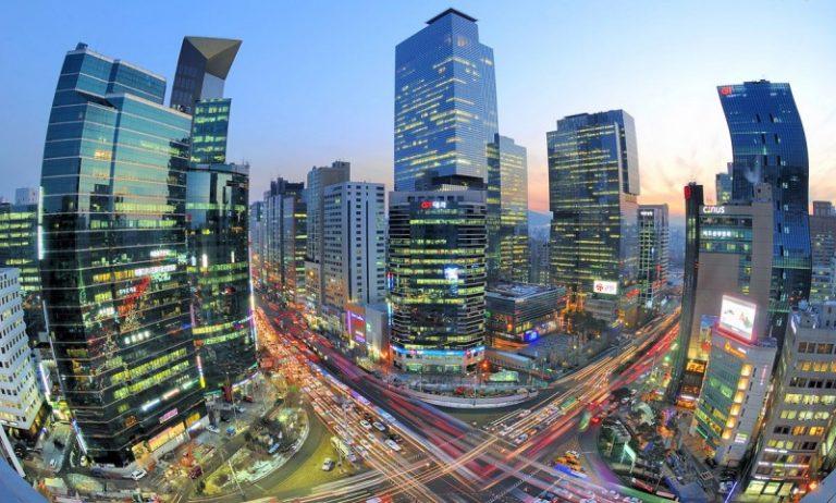 Світовий досвід: як зелені технології змінюють дороги