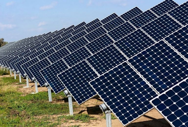 Production of solar panels in Ukraine: raw materials and features